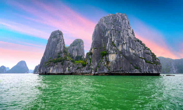 Top 14 foods you should try when coming to Halong Bay