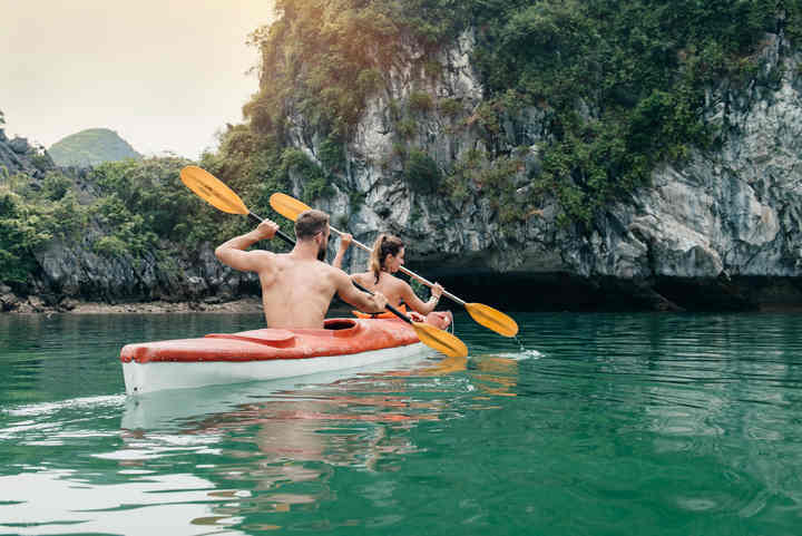 Halong Bay Cruise Trip: 14 Things you should never do