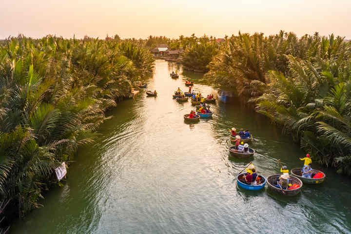 Hue To Hoi An: 4 Ways To Travels - 2020 Travel Guide