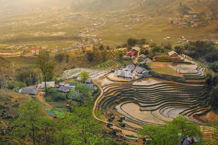 5 Things to buy in Sapa, Vietnam - Shopping in Sapa