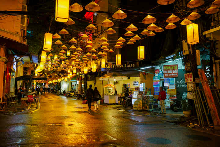 Hanoi Nightlife - Top 32 things to do at night in Hanoi