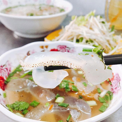 Jellyfish Noodles - Must-try dish in Nha Trang
