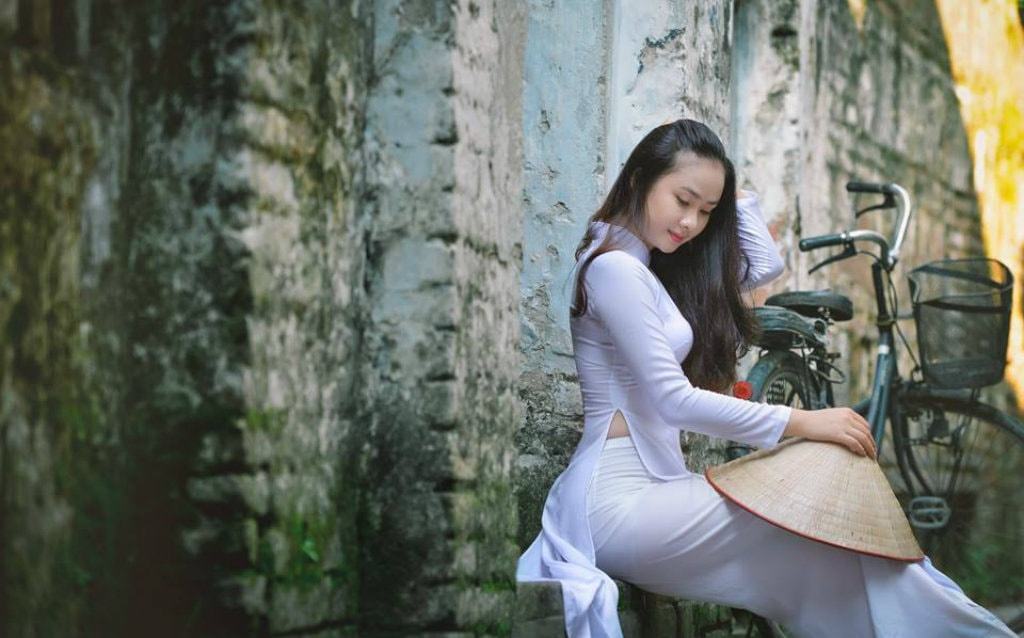 Ao Dai - The Traditional Dress of Vietnam