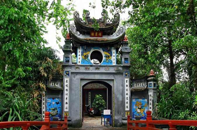 Bach Ma Temple - The oldest Buddhist landmark in Hanoi