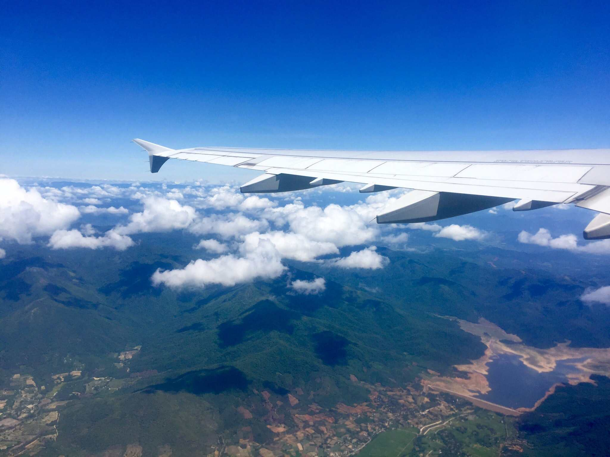 Getting from Hoi An to Hanoi by plane