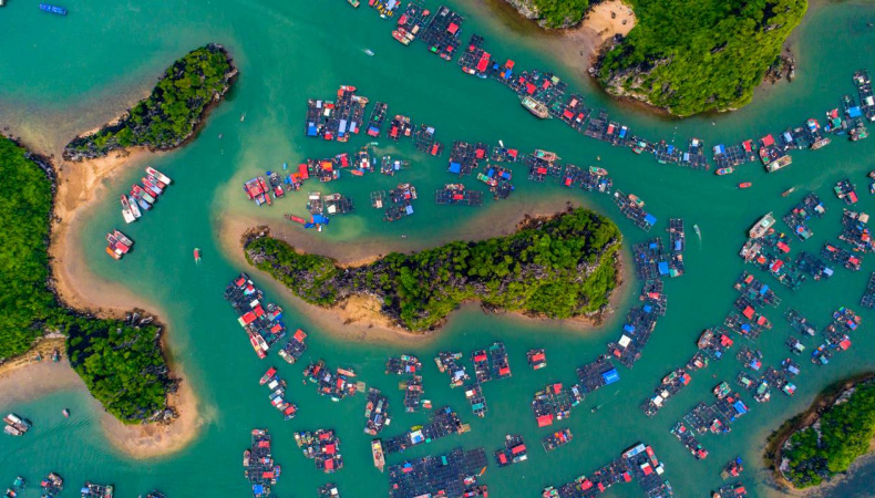 Ha Long Bay Listed Among Global Incredible Floating Villages