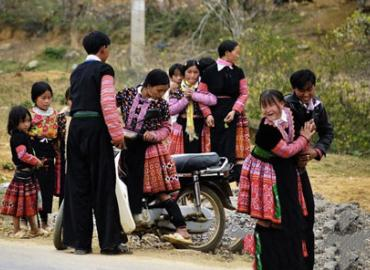 Bride kidnapping in Sa Pa: A bizarre custom of marriage